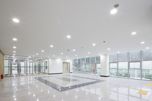Commercial led lighting skylertek dba skyler led lighting others aloadofball Choice Image